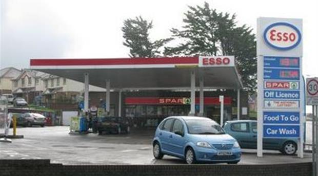 Bude Service Station - Esso Picture 1
