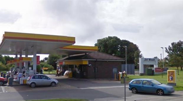 Truro - Shell Service Station, Playing Place Picture 1