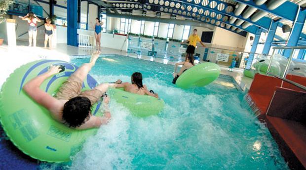 Pool fun with oasis jamie amp april - 2 4