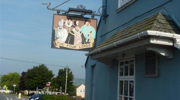 Four Lords Inn Picture 1