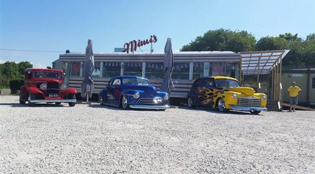Mimi's Vintage Diner Picture 1