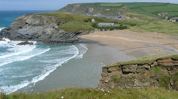 Church Cove, Gunwalloe Picture 1